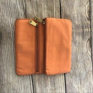 Fossil wallet with zipper melon color